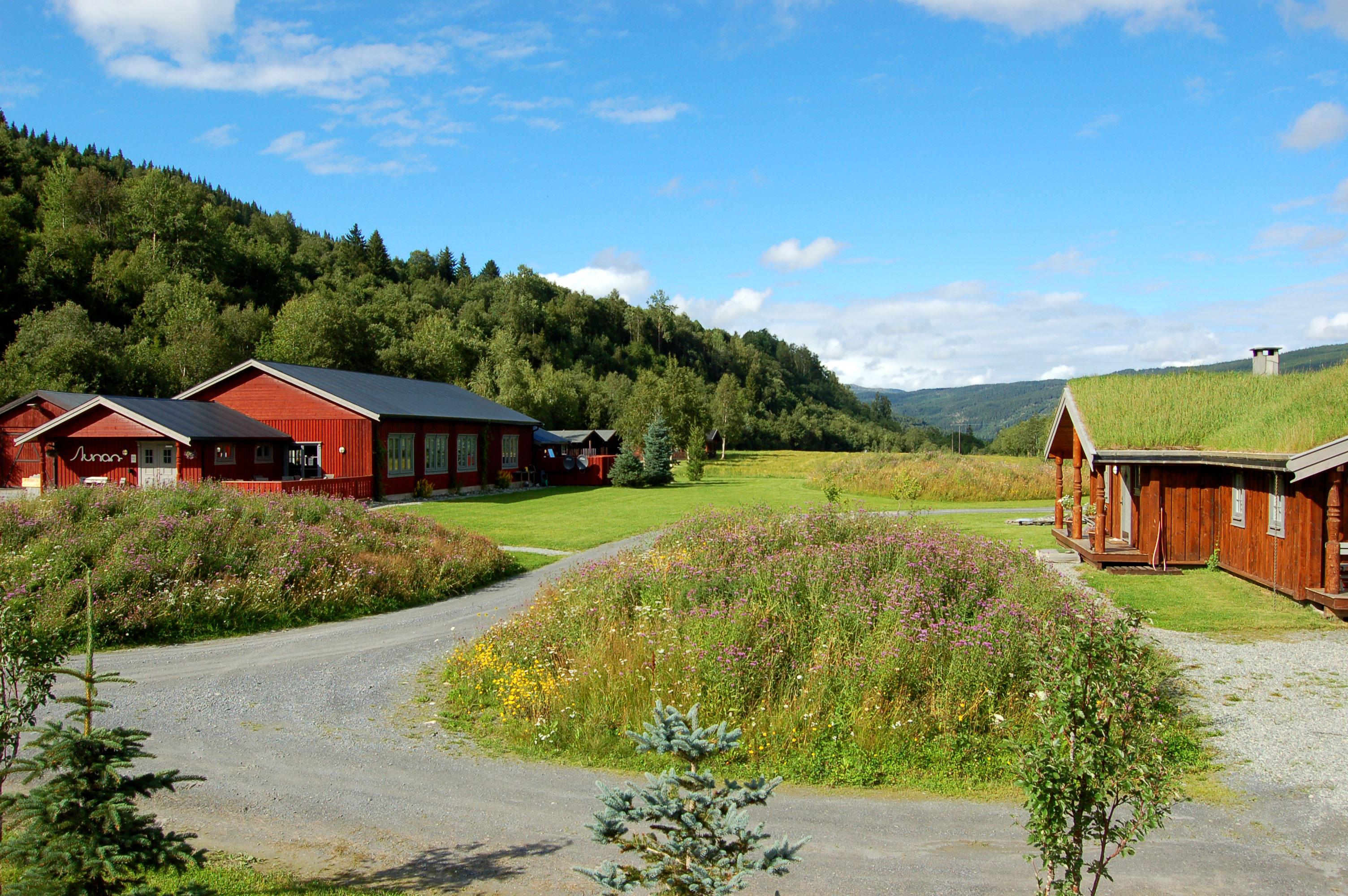 Aunan Lodge